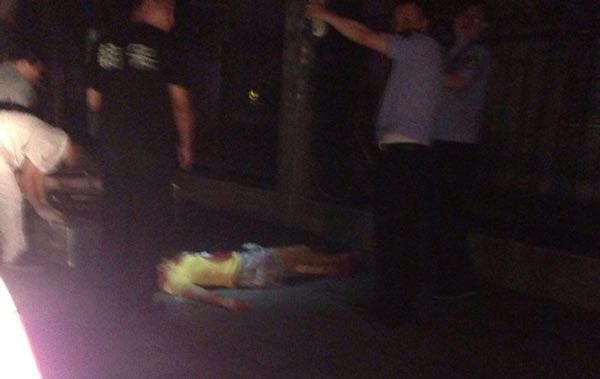 北京地铁站旁现抢劫杀人案 女生被刺数刀 图图片