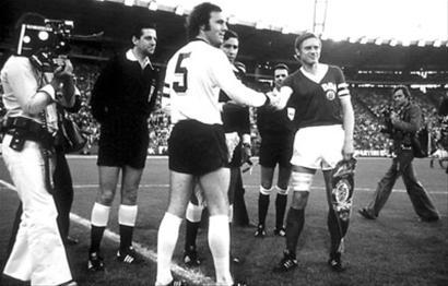 1974年世界杯,贝肯鲍尔领军的德国队也涉嫌服用兴奋剂。