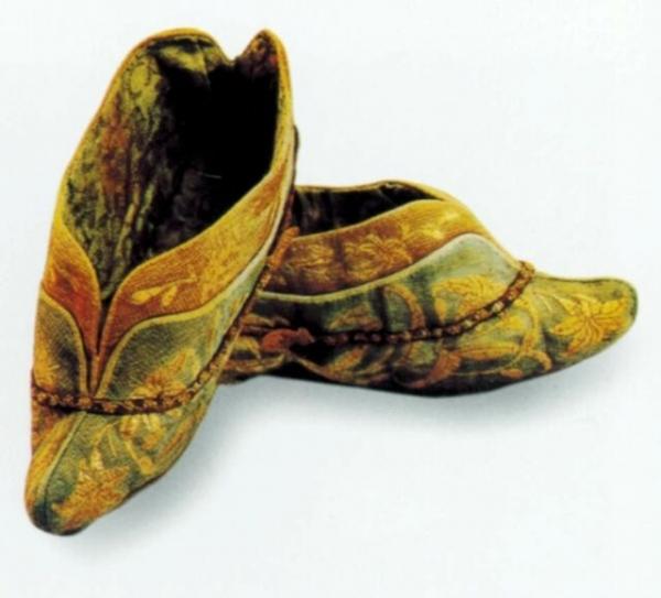 中国古代服饰之鞋履