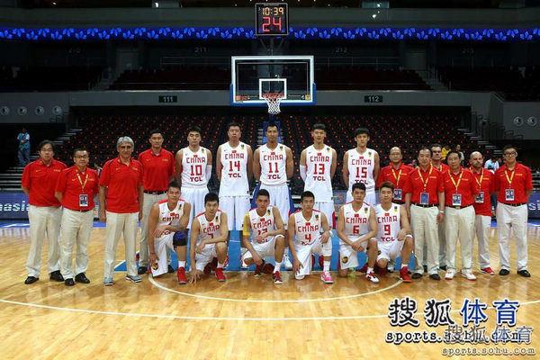 小组赛首轮:中国59-63韩国