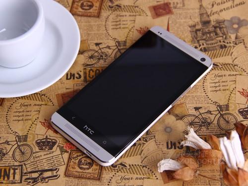 htc 802t手机套_高主频骁龙四核 HTC One 802t欲破4000-搜狐数码