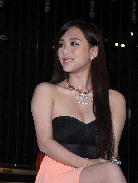 非州人的三级生活片_不是走,是消失   香港三级片艳星陈静宣布退出幕前:生活好累人言可畏