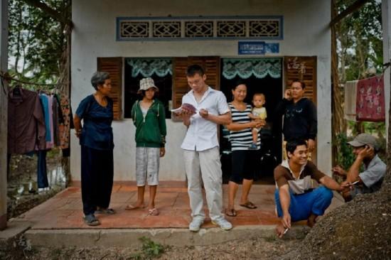 实拍中国男子越南买妻 4天时间5万块钱(组图)