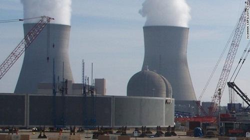 """美国德克萨斯大学一份最新调查报告称,全美国107座核电设施""""没有一座得到能免受恐怖分子强力攻击的严密保护""""。"""