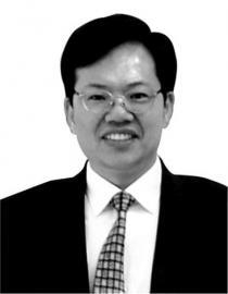 鲁政委 资料图片