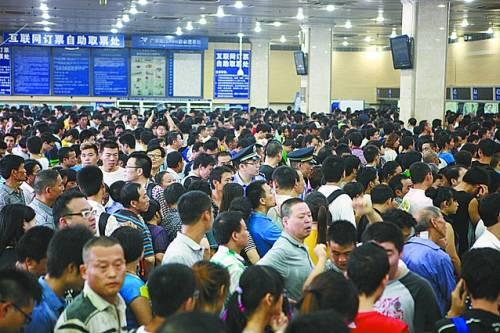 广州火车站全线停运的24小时。段亚楠摄