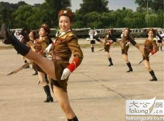 女性 李雪主/揭秘朝鲜女文艺兵:成功者如李雪主落魄者去挖煤