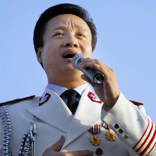 阎维文:总政歌舞团国家一级演员,副军级待遇.-军队里的明星 谁的