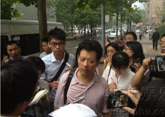 李天一案受害方律师_李天一案今开庭 被告方律师:受害人不值得同情-搜狐娱乐