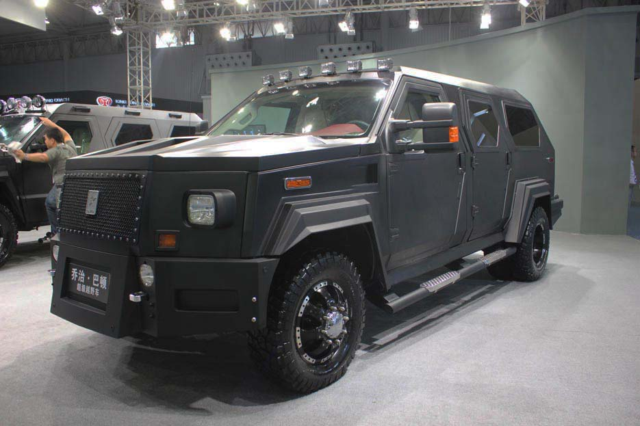 福特最贵的车_老外评车藐视悍马的福特Bronco越野车