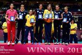 图文:[大奖赛]女排0-3巴西 最佳阵容合影