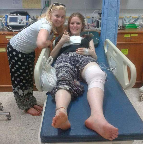 泰国:美女旅游摸 被咬大腿险丧命 aveneip