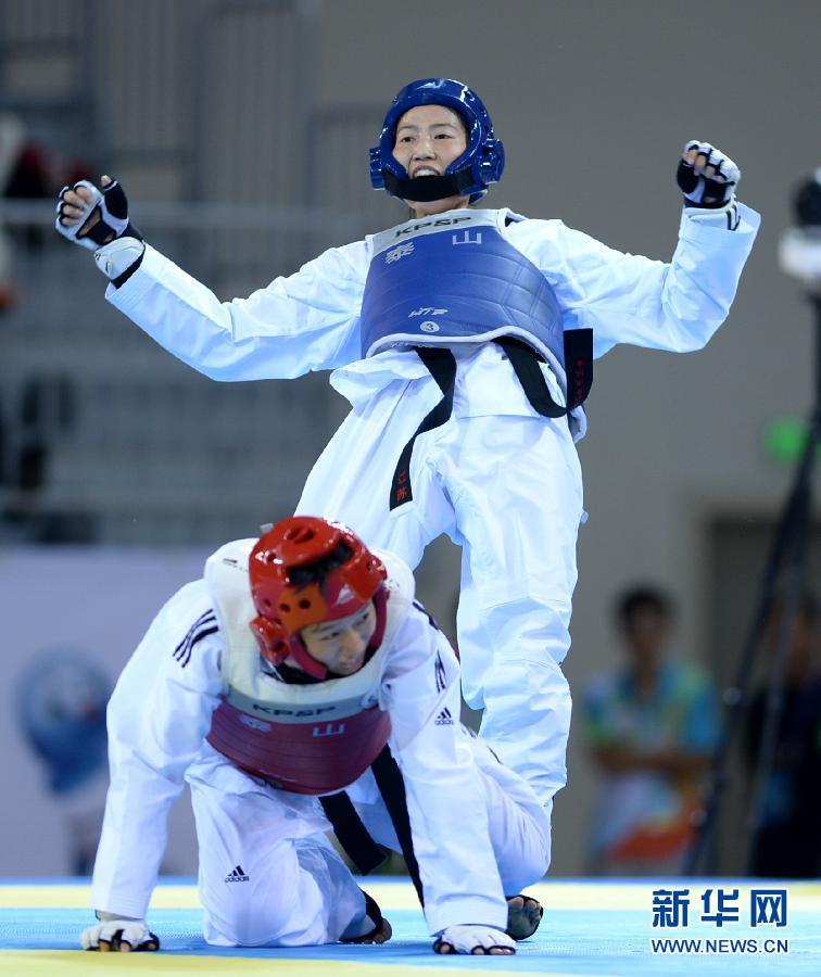 当日,在第十二届全运会跆拳道女子57公斤级半决赛中,奥运会冠军,江西
