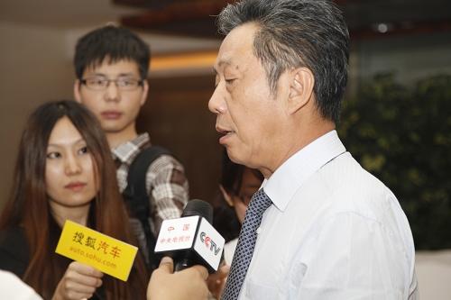 中国汽车工业协会常务副会长兼秘书长 董扬