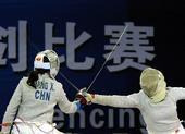 图文:女子佩剑团体上海队夺金 王岩战平梁新