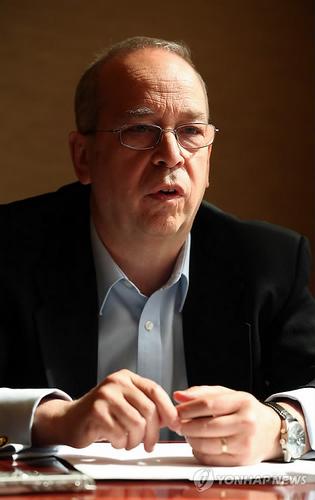美国负责亚太事务的助理国务卿丹尼尔・罗素(Daniel Russell)7日接受了韩联社采访。(韩联社)