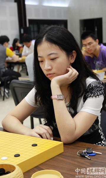 图文:钻石杯龙星战32强战 女将陈一鸣未能晋级