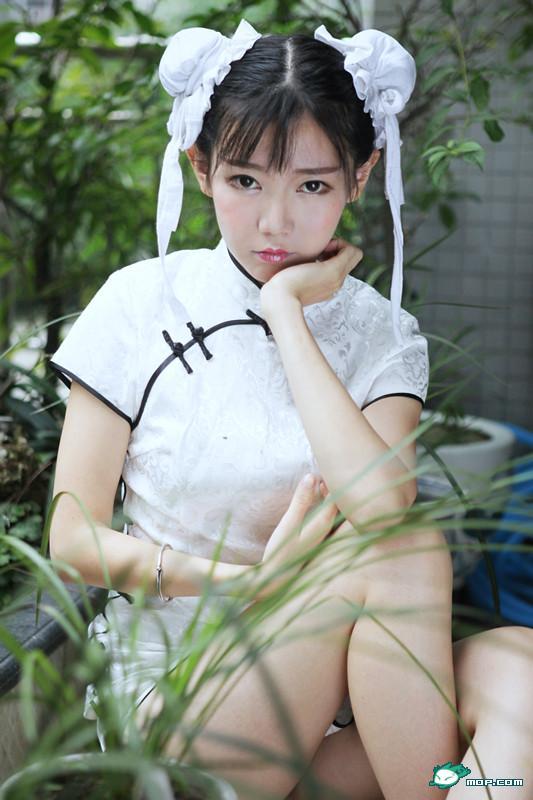 """美女裸体写真级_中国最美女汉子就是她:让人心动的小""""春丽""""-搜狐新闻"""