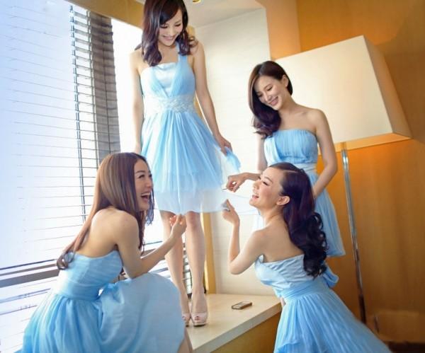 霍思燕伴娘团图片_舒淇秦岚抢镜 伴娘团集体秀身材(24)-搜狐女人