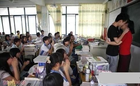 乱伦的学姐_三成人曾暗恋老师:学生可以暗恋 老师不能放任