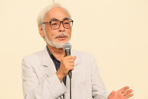村上春樹之外,知名動畫製作人宮崎駿也曾經公開譴責日本過去侵略的歷史