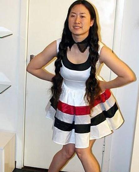姐姐拍摄_芙蓉姐姐早期穿同款裙装拍照