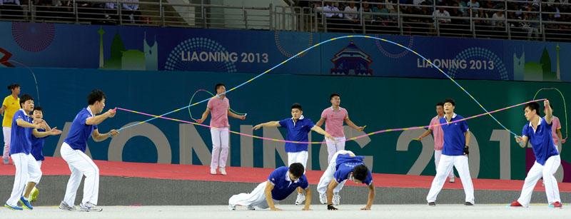 闭幕式上的辽宁省群众体育导致.新华社心脏李钢摄记者拳击展示冠心病图片