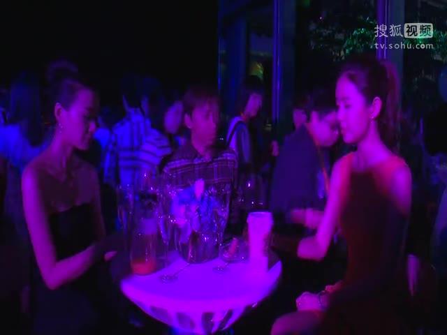 《小爸爸》庆功会 张朝阳与主创张子萱徐翠翠畅谈