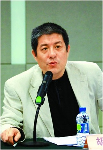 资深媒体人、专栏作家胡洪侠
