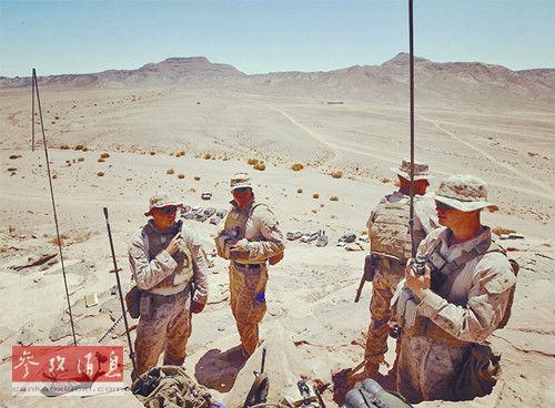 """和1991年的海湾战争的胜利,美国在全世界的威势达到了顶峰,""""图片"""