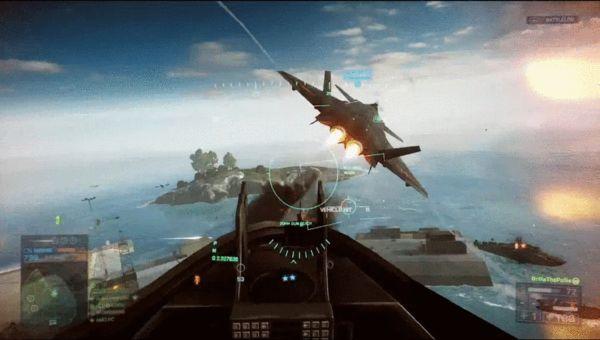 原文配图:游戏画面中,一架歼-20战斗机被美军战斗机追着打.图片