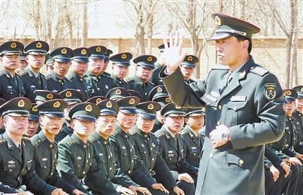 胡正强率部队两出国门执行国际维和任务,12次带领部队圆满完成重大