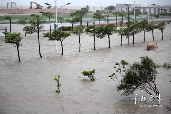 汕头天兔台风_强台风天兔路径图汕头海水倒灌成河道