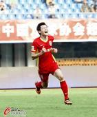 中超图:申鑫0-1不敌亚泰 张文钊变怒吼天尊