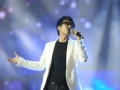 《中国好声音-第二季演唱会片花》歌唱祖国 朱克《至少还有你》