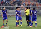 中超图:泰达2-0阿尔滨 众将不满判罚