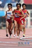 图文:日本选手夺得东亚运首金 第一集团众选手