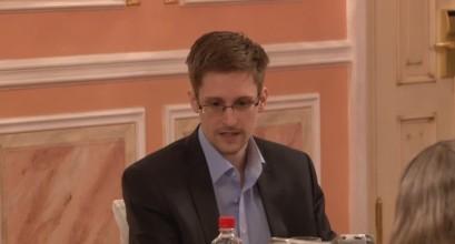 """""""维基解密""""公布的斯诺登讲话视频截图。"""