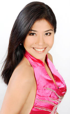 新加坡华人女性谈世界无胸罩日:不敢真空上街