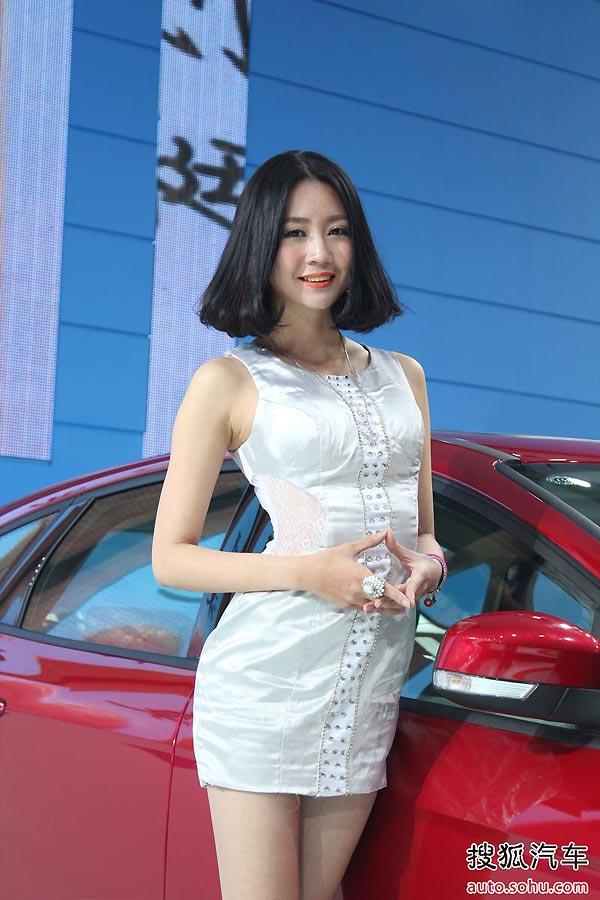 组图杭州车展:美女车模集锦