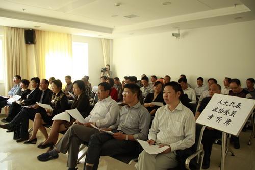 十堰市人大常委会组织部分市人大代表旁听法院