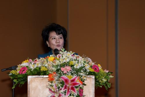 国务院侨务办公室主任裘援平在致辞 记者 王海林 摄