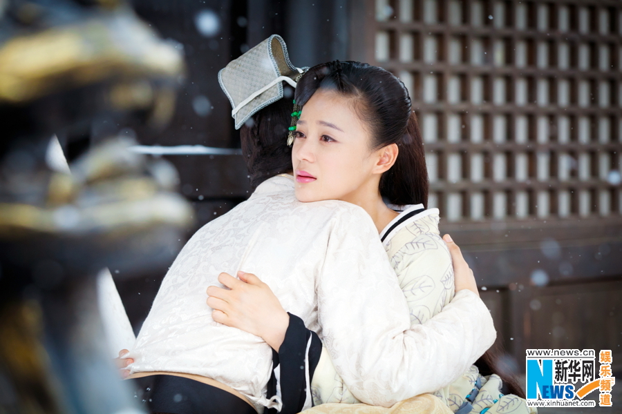 《王的女人》唯美剧照曝光 袁姗姗陈晓浪漫相