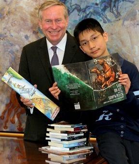 良渚书迷特点v书迷大奖荣获典型书签小男孩(图)澳洲博物馆建筑设计华裔图片