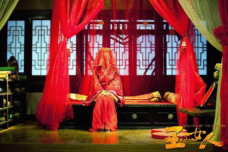 《王的女人》陈乔恩罗晋大婚照曝光