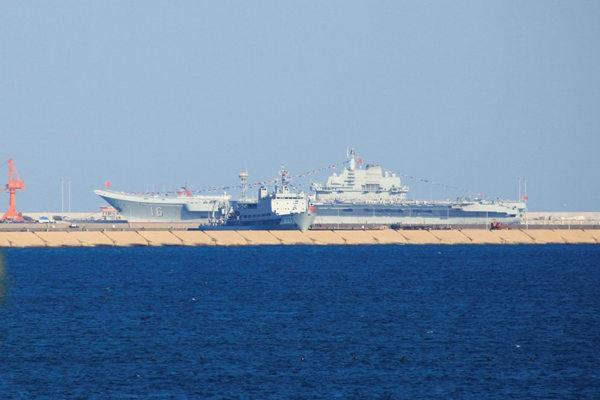 资料图:辽宁舰出海或前往西太参加军演。