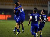 中超图:阿尔滨3-1逆转宏运 陈涛于大宝庆祝