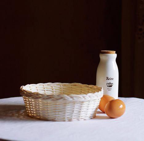 喝牛奶/专家指出,牛奶加鸡蛋的早餐并不科学,蛋白质难以提供能量。