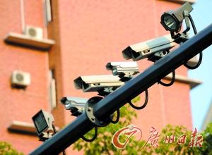 """电子监控设备将在佛山广泛用于抓拍黄标车""""闯禁""""。"""