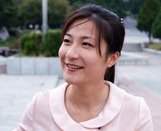 朝鲜式时尚:山寨日韩 浓妆流行 天然美女多(图